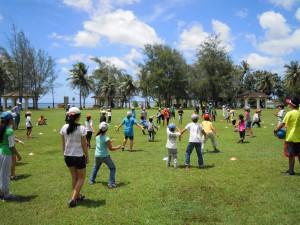 全校児童生徒一緒に遊びました。